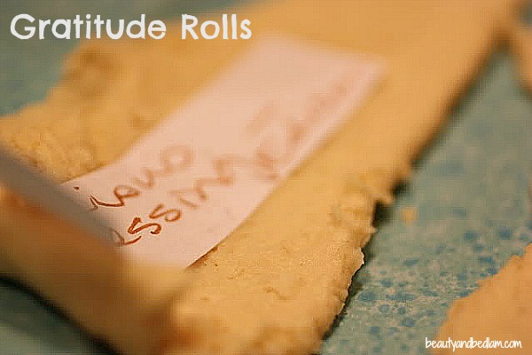 the original source of One of the most special traditions ever - gratitude rolls! Don't miss blessing your family!