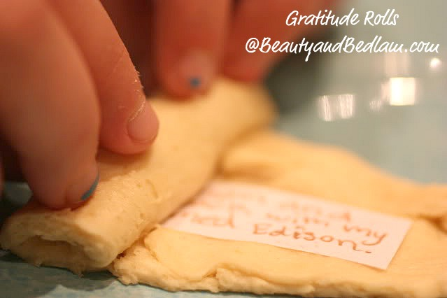 One of the most special traditions ever - gratitude rolls! Don't miss blessing your family! (This is the original source.)