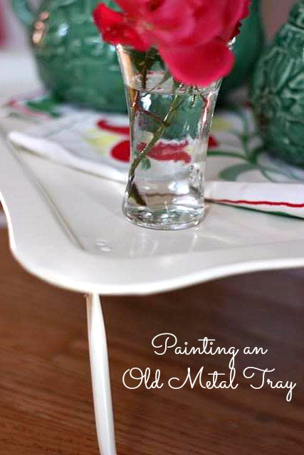 It's so simple to paint an old metal tray and turn it into something beautiful. Lots of inspiration