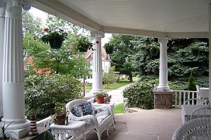 east-wraparound-porch-lg