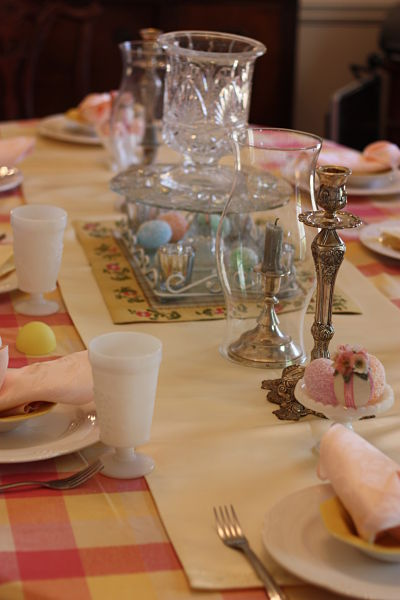 Easter tablescape_opt