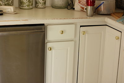 Lovely Before Kitchen Cabinets_opt
