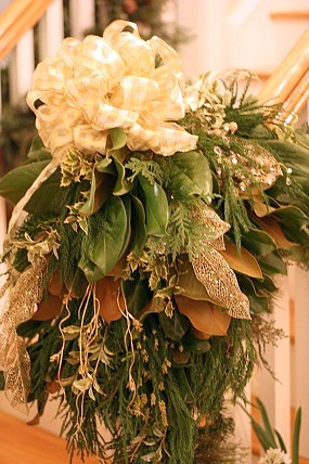 Decorating staircase with garland