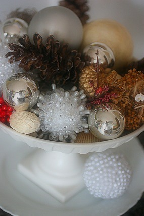Holiday Decor on a Budget (a few last minute ideas)