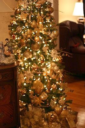 Fancy Gold Christmas Tree