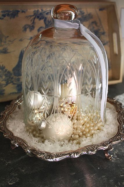 Decorating on a dime - frugal holiday decor