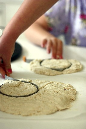 Easy Homemade Baking Powder Biscuits: Biscuit Recipe for Kids