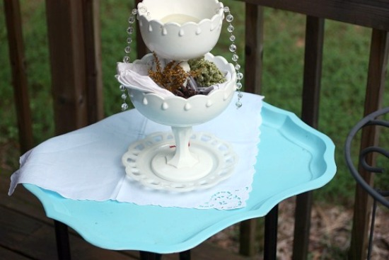 side table decor $8 + 60 Minutes = Perfect Yard Sale & DIY Treasures