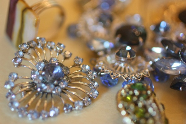 Costume Jewelry Craft Ideas Style Guru Fashion Glitz Glamour