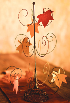 Begin a beautiful Thanksgiving Tradition with this free printable of our Gratitude Leaves. Lots of ideas.