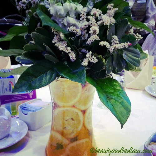 Elegant And Affordable Wedding Flower Ideas We Love: Simple DIY Centerpieces (using Lemons)