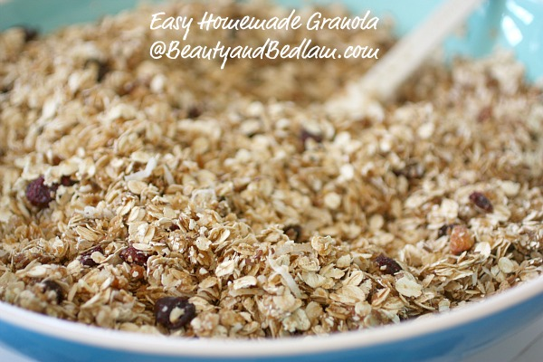 Easy, Healthy, Homemade Granola Recipe