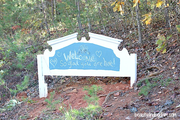Headboard turned Welcome Sign DIY: Old Headboard Into New Welcome Sign