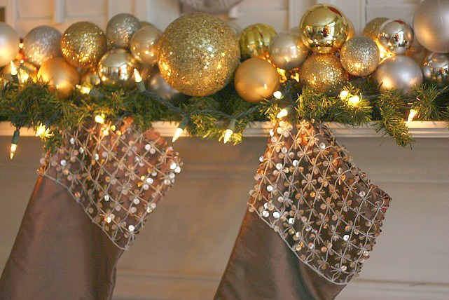 Easy frugal christmas ornament garland