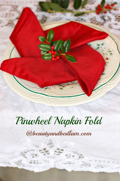 Pinwheel Napkin Fold: Tablescape Ideas