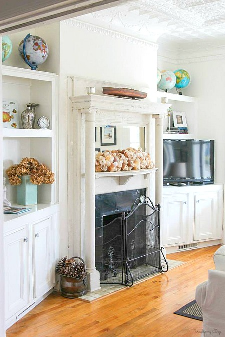 Decorating with globes around the house