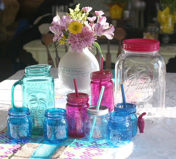 Easy 15 Minute Party Planning ideas with adorable mason jar party line