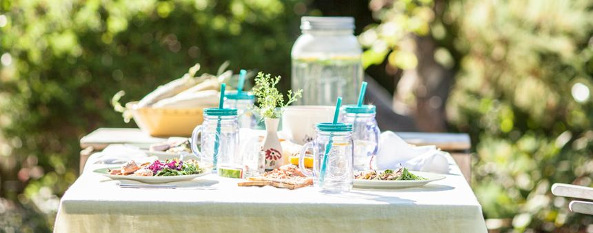 Simple Summer Entertaining Ideas