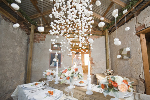 gorgeous wedding garland