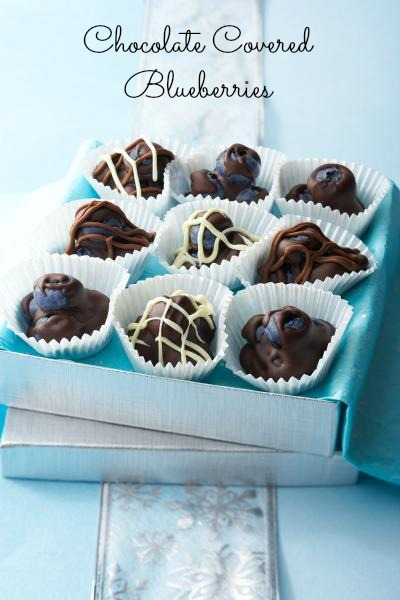 So easy and delicious - Chocolate Covered Blueberries