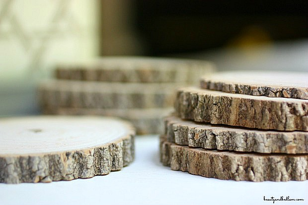 Rustic inspired DIY wood coasters. Love these!