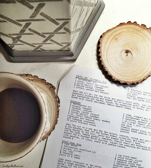 Such a fun and easy project! DIY Cut Wood Coasters