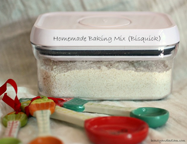 Homemade Bisquick. Quick and Easy Baking Mix with all natural ingredients.