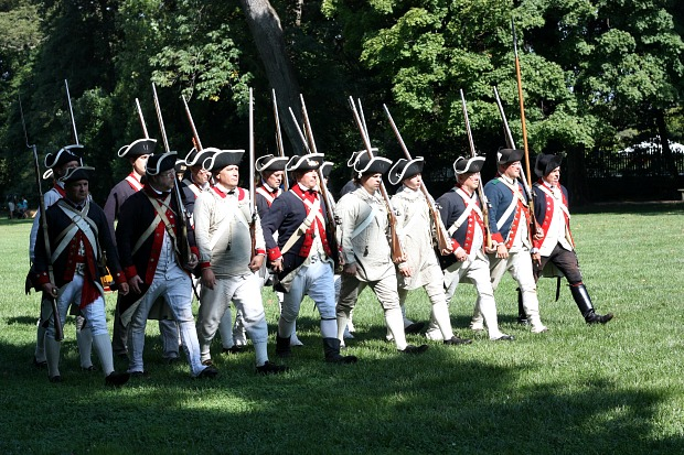 Re-enactment at Mount Vernon
