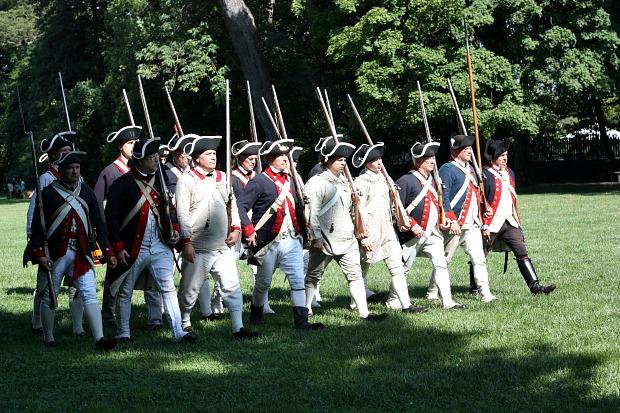 Re-enactment at Mount Vernon