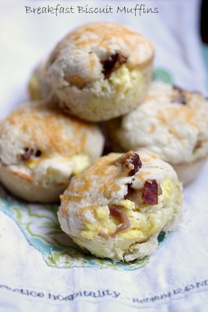 Breakfast Stuffed Biscuit Muffins