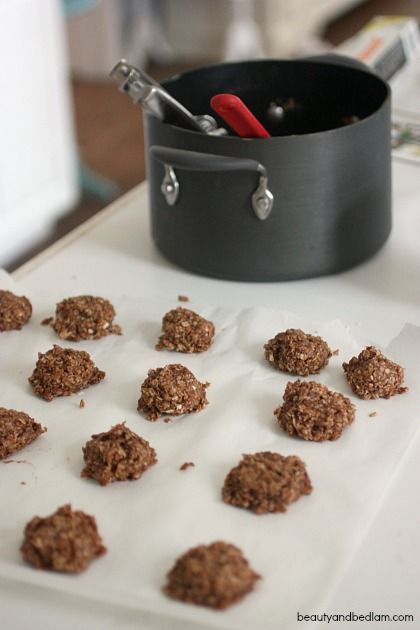 No Bake Cookies - Peanut Butter and Oatmeal
