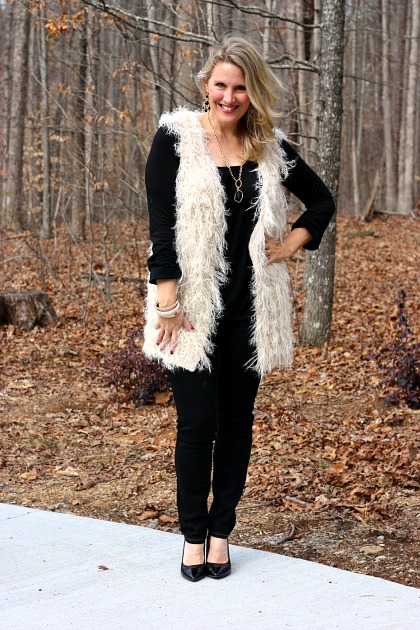 Love this vest from Cents of Style @centsofstyle #fashionista