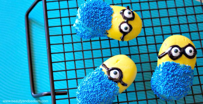 Easy Minion Cookies using Milano cookies
