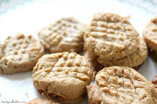 Flourless Peanut Butter Cookies - low carb, gluten free