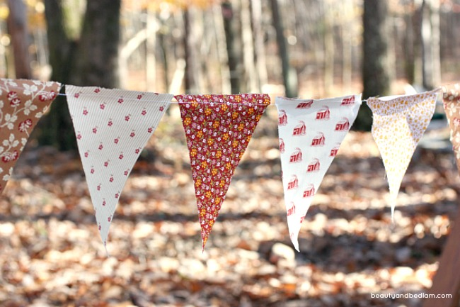 Make your own fabric banner. Easy tutorial and printable pattern