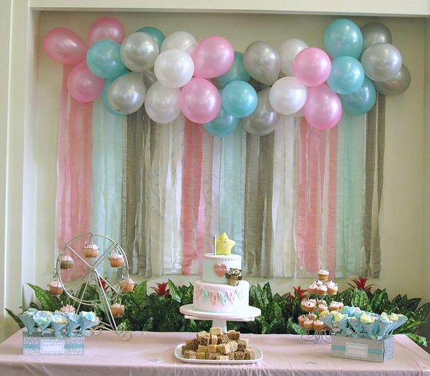 simple-balloon-wall