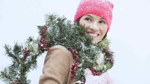 christmas-wreath-around-neck